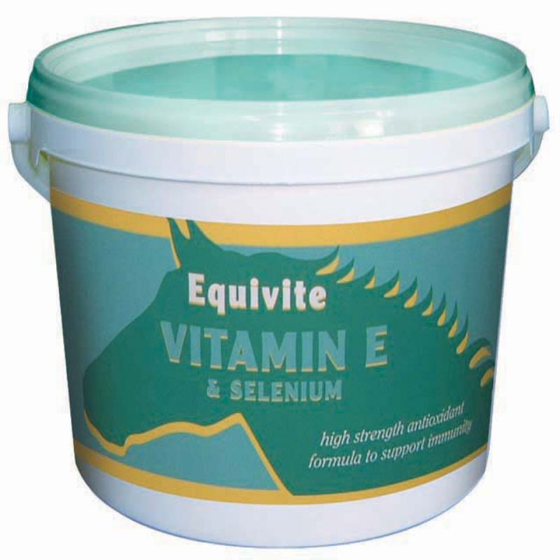 Equivite Vitamin E & Selenium for Horses - 3 Kg Tub